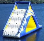 Trò chơi gameshow leo núi cầu trượt trên nước DHVC-2025