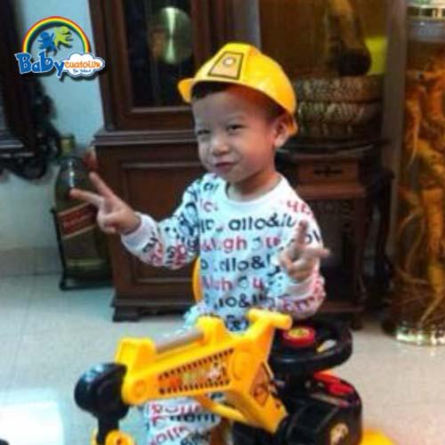 do choi tre em Bé Nguyễn Hoàng Nhật Khang 3