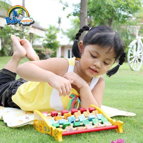 do choi tre em bé Huỳnh Nguyễn Như Quỳnh 3