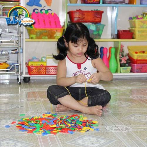 do choi tre em bé Huỳnh Nguyễn Như Quỳnh 4