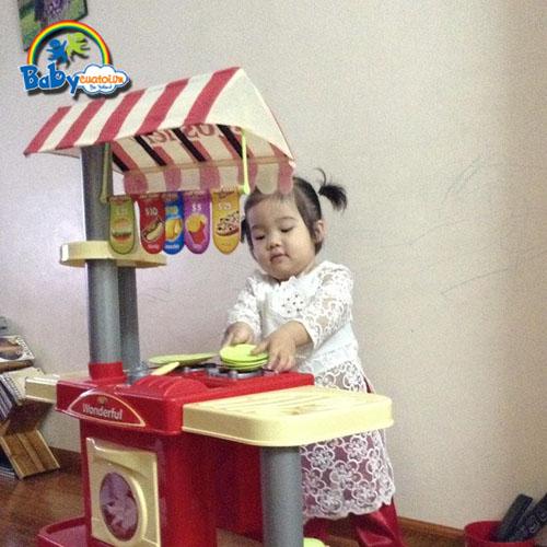 do choi nau an bé Lê Hà Thanh 2