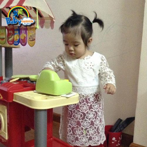 do choi nau an bé Lê Hà Thanh 3