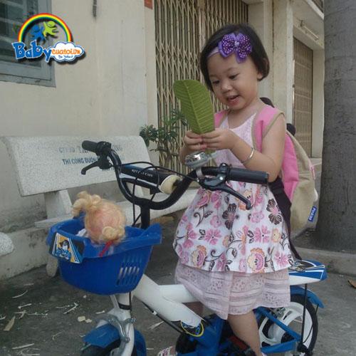 do choi tre em bé Lê Hồ Thái Uyên 3