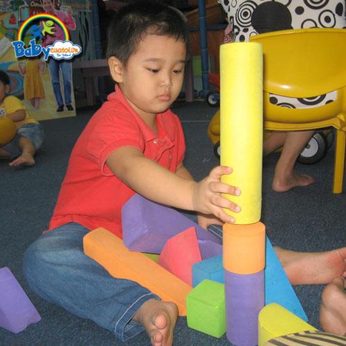 đồ chơi cho bé Nguyễn Trần Thái Dương 3