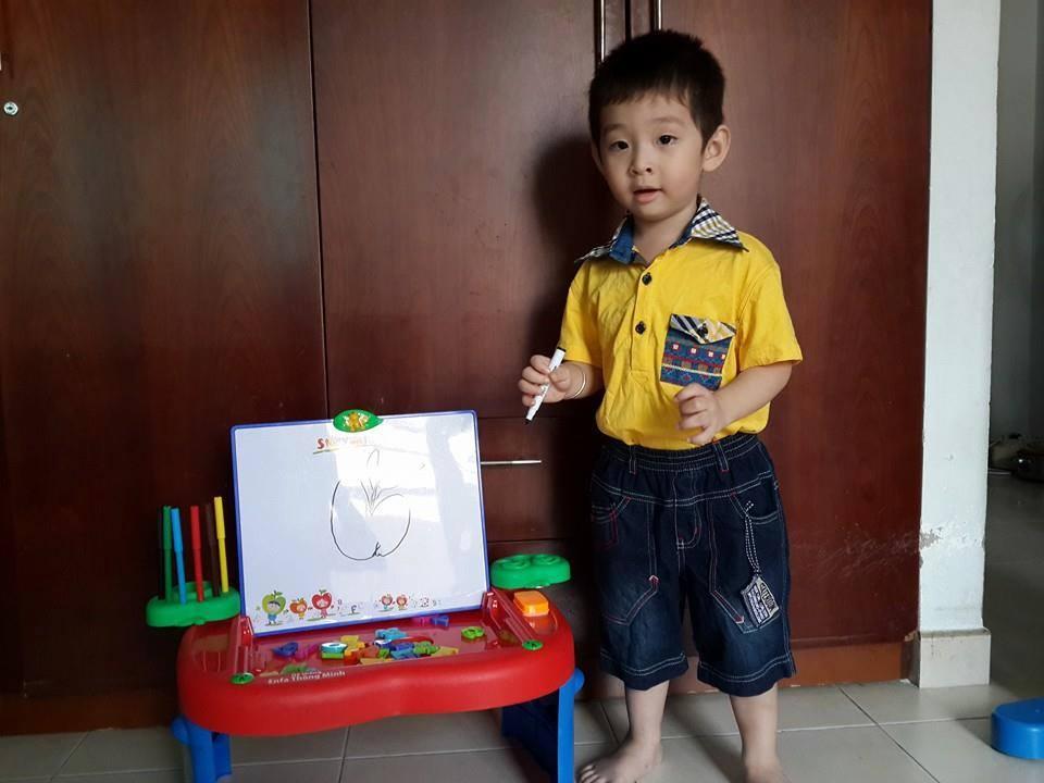 đồ chơi cho bé Phạm Đăng Khoa 5