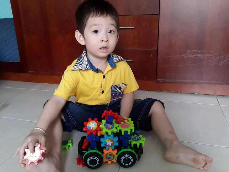 đồ chơi cho bé Phạm Đăng Khoa