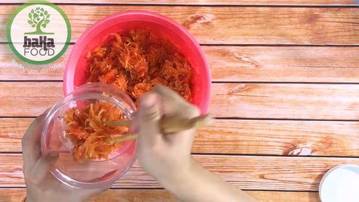 Mắm tôm chua đu đủ