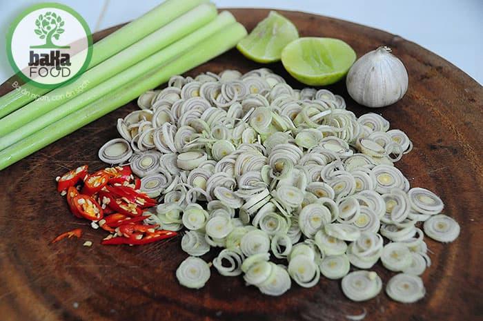 Nguyên liệu dùng để làm món mắm cá linh trộn sả ớt