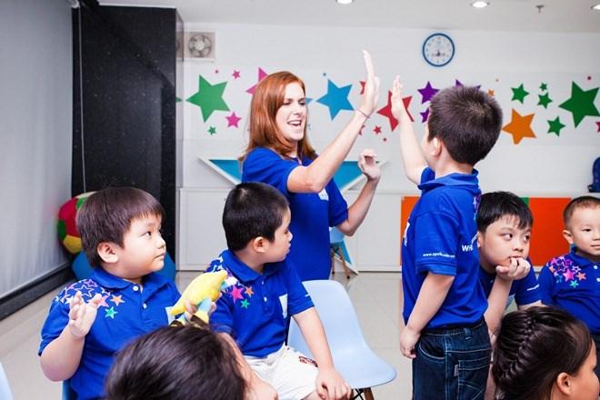 Apollo English khai trương trung tâm thứ 15 tại Văn Quán, Hà Nội