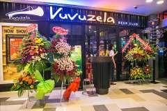 Khai trương Vuvuzela SC Vivo City ưu đãi uống 10 tặng 10 + tặng 10 cốc bia cho nhóm 4 người