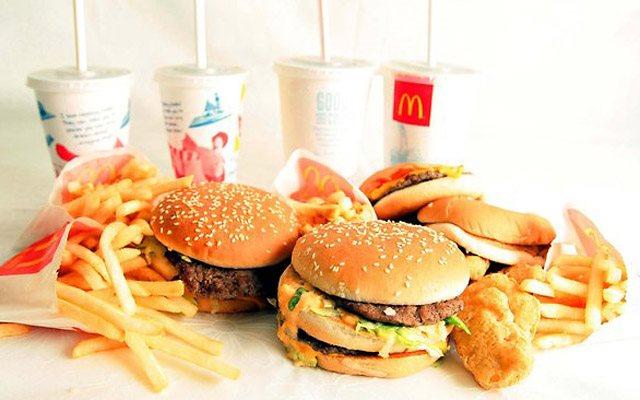 McDonalds-khuyen-mai-tang-ly-coca-cola-phien-ban-dac-biet-1