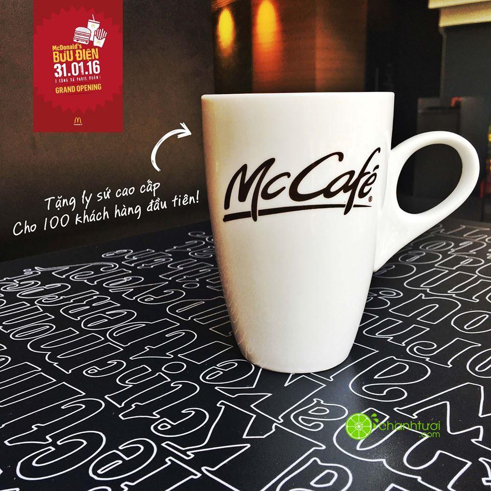 https://sudospaces.com/chanhtuoi-com/uploads/2016/01/McDonalds-tặng-li-sứ-dịp-khai-trương.jpg