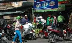 Chuối chất chồng tại Đồng Nai chỉ còn 2000đ/kg - Địa chỉ các nơi đến mua chuối tại Sài Gòn và các tỉnh lân cận