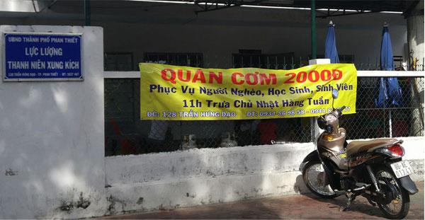 Quán cơm 2000đ tại Phan Thiết