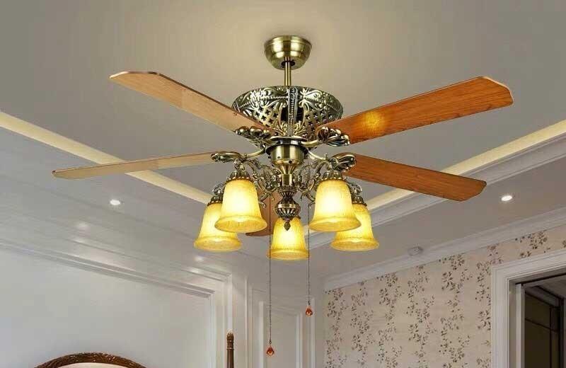 Đèn quạt trần cánh gỗ HT-7038