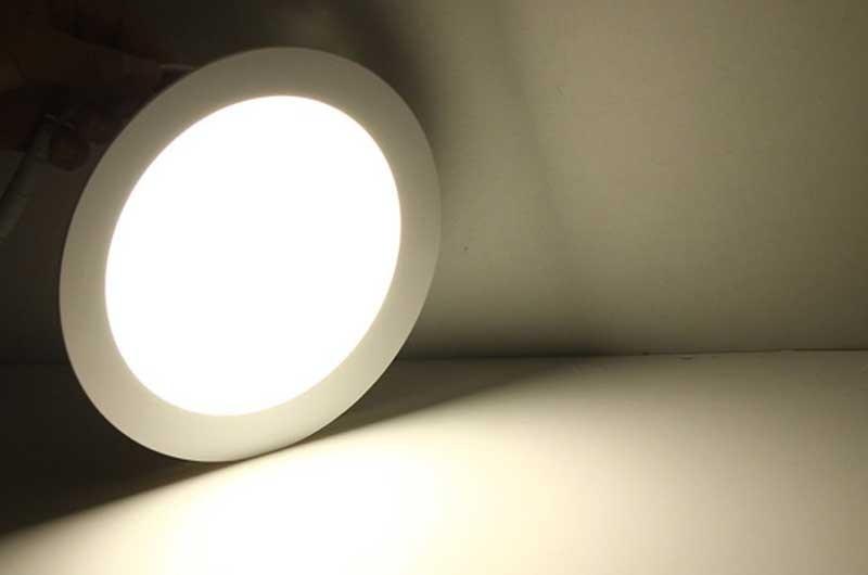 Đèn led 3 chế độ âm trần - đèn led âm trần 3 chế độ