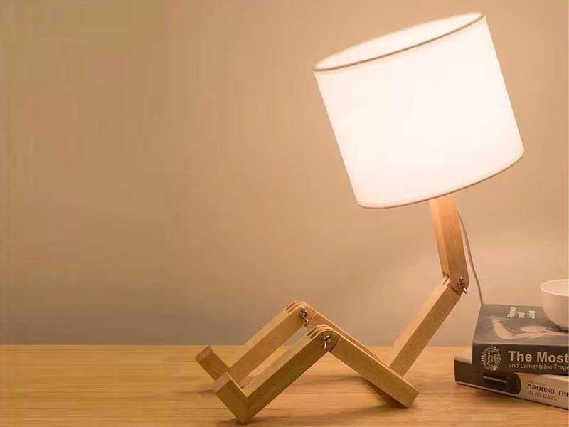 Đèn bàn mini thân gỗ - Đèn ngủ dễ thương thân gỗ