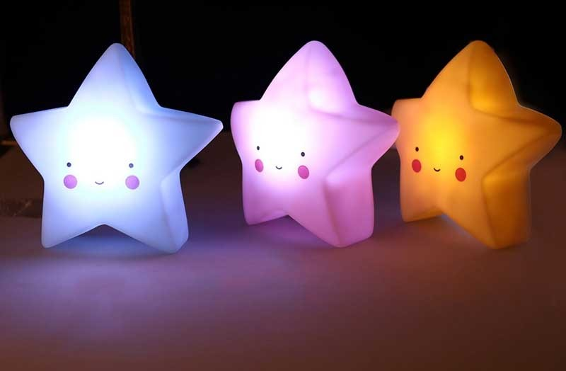 Đèn ngủ mini cute hình ngôi sao nhỏ xinh