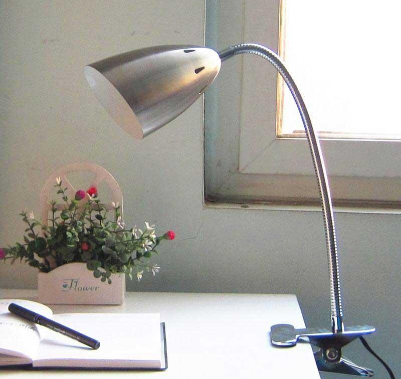 Đèn học kẹp bàn Pixar chống cận thị - Đèn LED kẹp bàn bảo vệ mắt