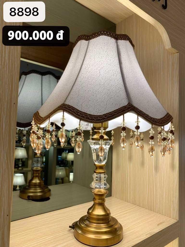Đèn ngủ cắm ổ điện để bàn chao hoa vải - Đèn phòng ngủ cắm ổ điện để bàn chao vải