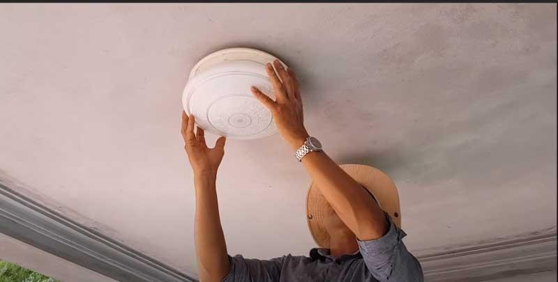 Tim hiểu cách tháo lắp đèn ốp trần
