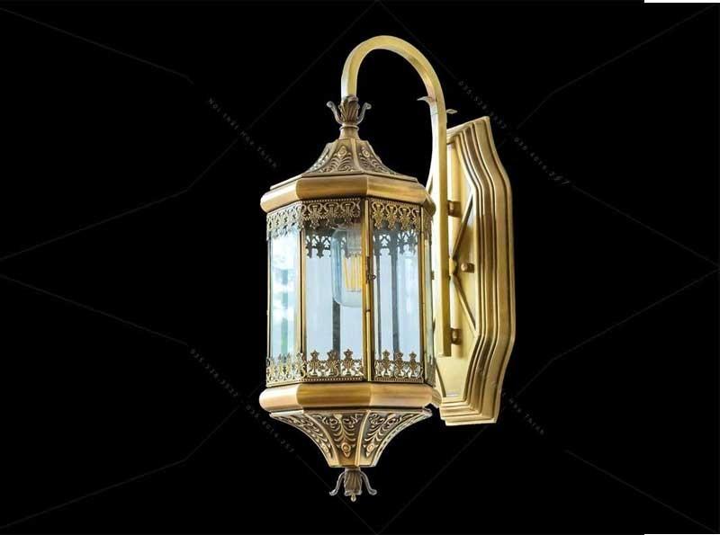 Đèn ngoại thất treo tường cổ điển