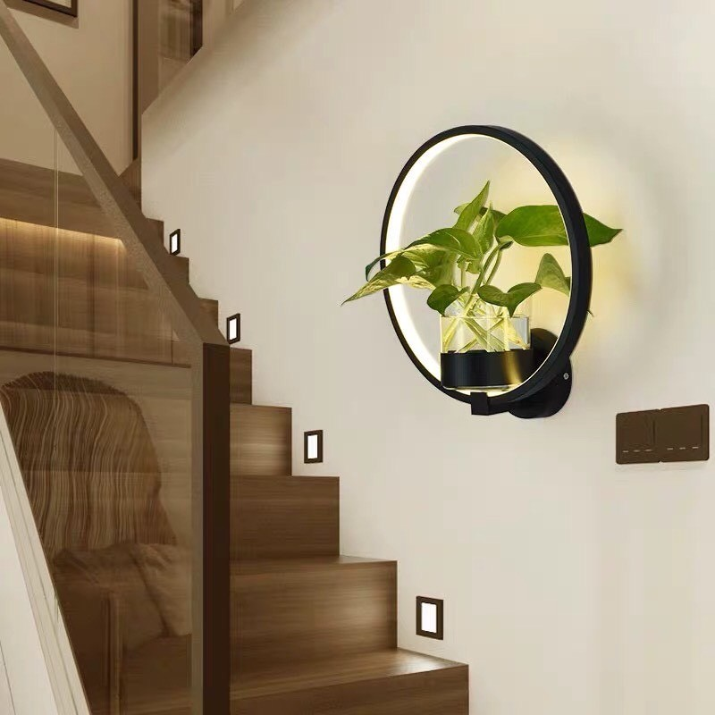 các mẫu đèn trang trí cầu thang độc đáo
