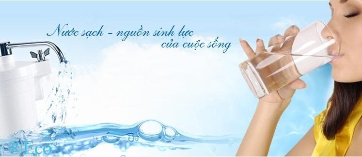 Sử dụng nước sạch từ máy lọc nước RO cho gia đình