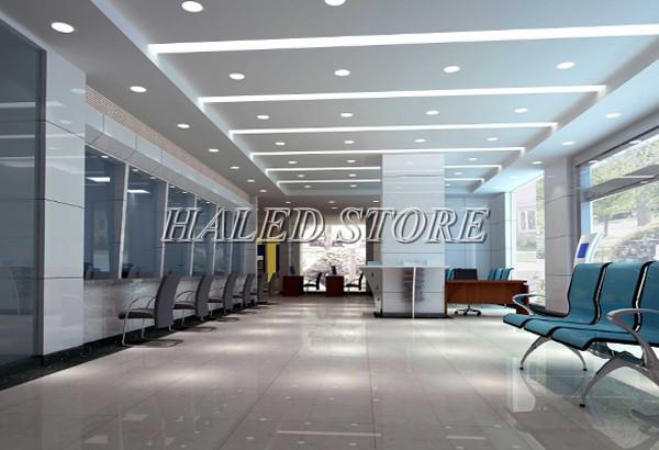 Đèn LED âm trần HLRD AT04 DP 110-9 được sử dụng ở tòa nhà văn phòng