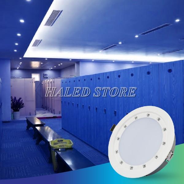 Đèn LED âm trần HLRD AT21.UV 135-14 chiếu sáng phòng khách