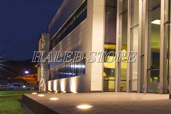 Ứng dụng chiếu sáng của đèn LED âm đất HLDAUG2-24