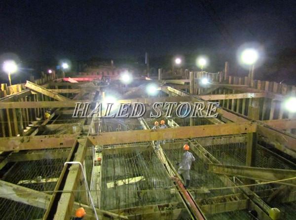 Đèn pha LED 80w HALEDCO chiếu sáng công trình ngoài trời