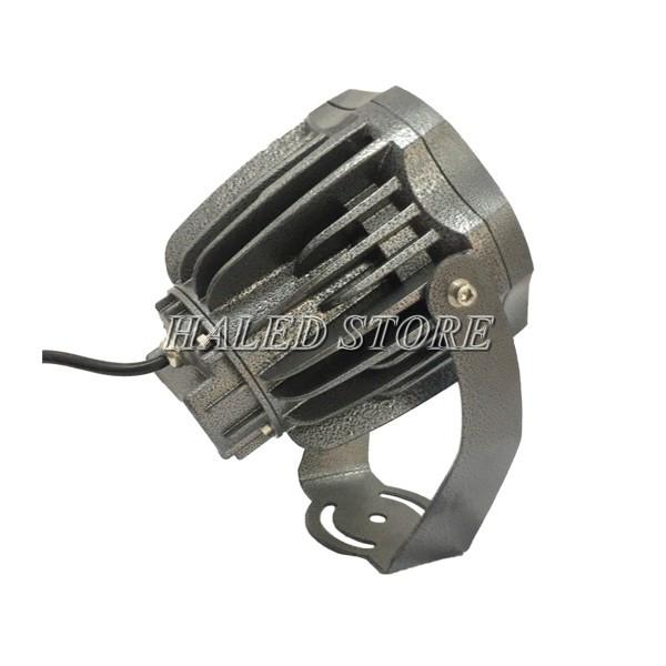 Tản nhiệt của đèn pha LED HLDAFL9-30 dạng rãnh sâu