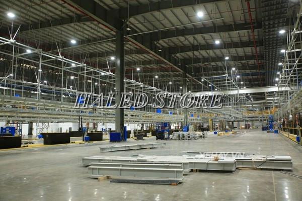 Ứng dụng của đèn LED Highbay 100w Duhal chiếu sáng phân xưởng sản xuất