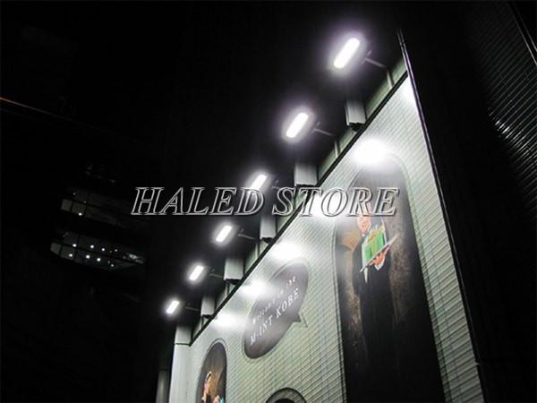 Ứng dụng chiếu sáng của chip LED 200W 220V chiếu sáng biển quảng cáo