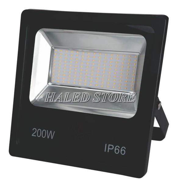 Ứng dụng của chip LED 200W SMD trong sản xuất đèn pha LED