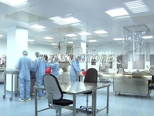 Ứng dụng đèn phòng sạch Rạng Đông trong phòng kiểm định chất lượng sản phẩm