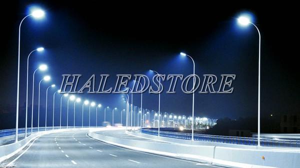 Ứng dụng đèn đường LED RDDA D CSD02L-60