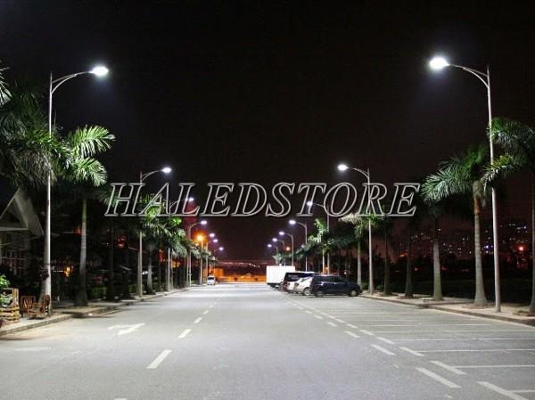 Ứng dụng đèn đường LED RDDA D CSD04L-180