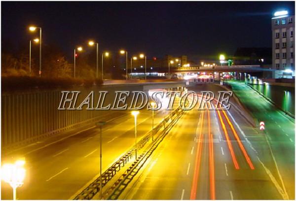 Ứng dụng đèn đường LED PLDA BRP381 83/WW-60
