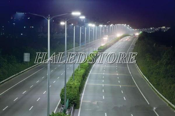 Ứng dụng đèn đường LED PLDA BRP383 338/NW-240