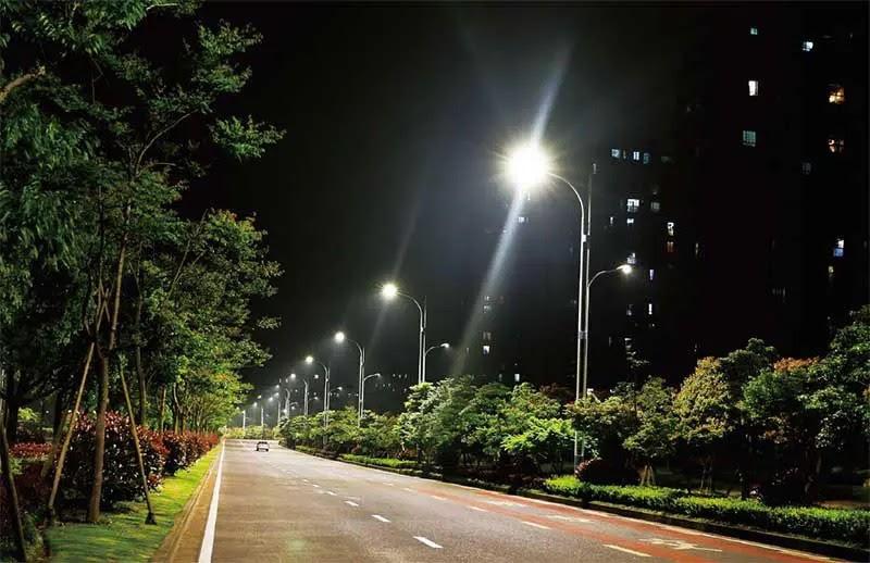 Ứng dụng đèn đường LED PLDA BRP394 300/NW-250
