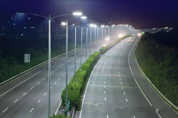 Ứng dụng đèn đường LED PLDA BRP394 348/NW-290
