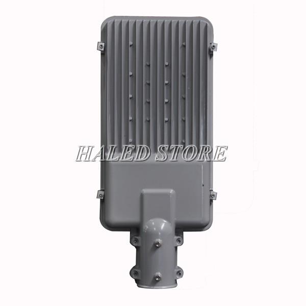 Tản nhiệt của đèn đường LED HLS1-30 ở mặt sau