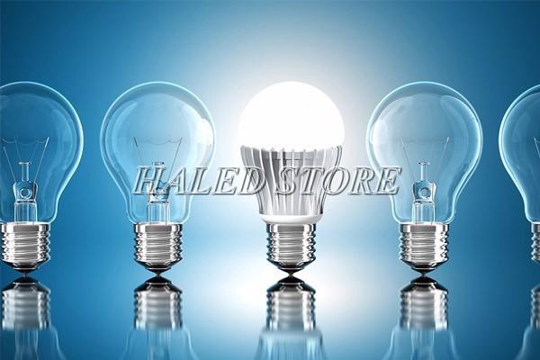 So sánh ưu nhược điểm đèn LED và đèn sợi đốt