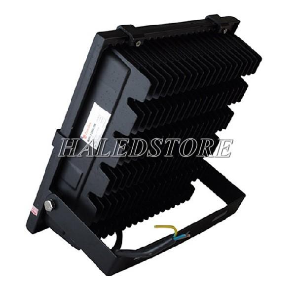 Mặt sau đèn pha LED RDDA D CP06L-100
