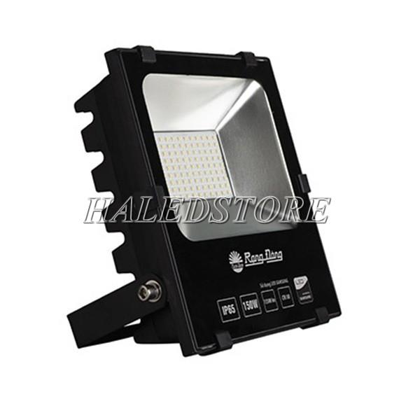 Kiểu dáng đèn pha LED RDDA D CP06L-150
