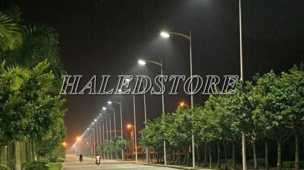Ứng dụng đèn đường LED PLDA BRP471 102/NW-78