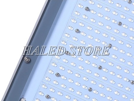 Đèn đường LED HLDAS4-300w sử dụng Chip LÉ SMD