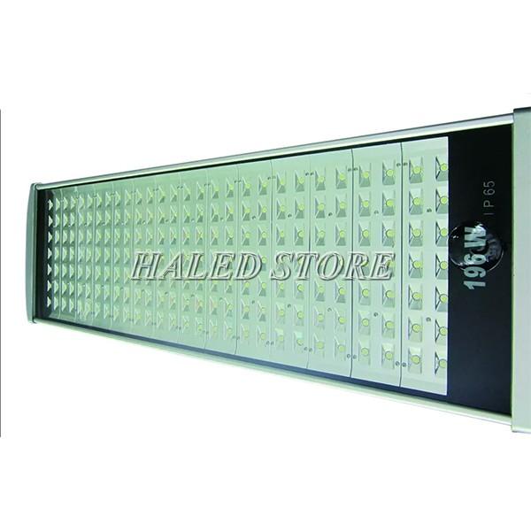 Đèn đường LED HLDAS5-196w sử dụng chip LED COB